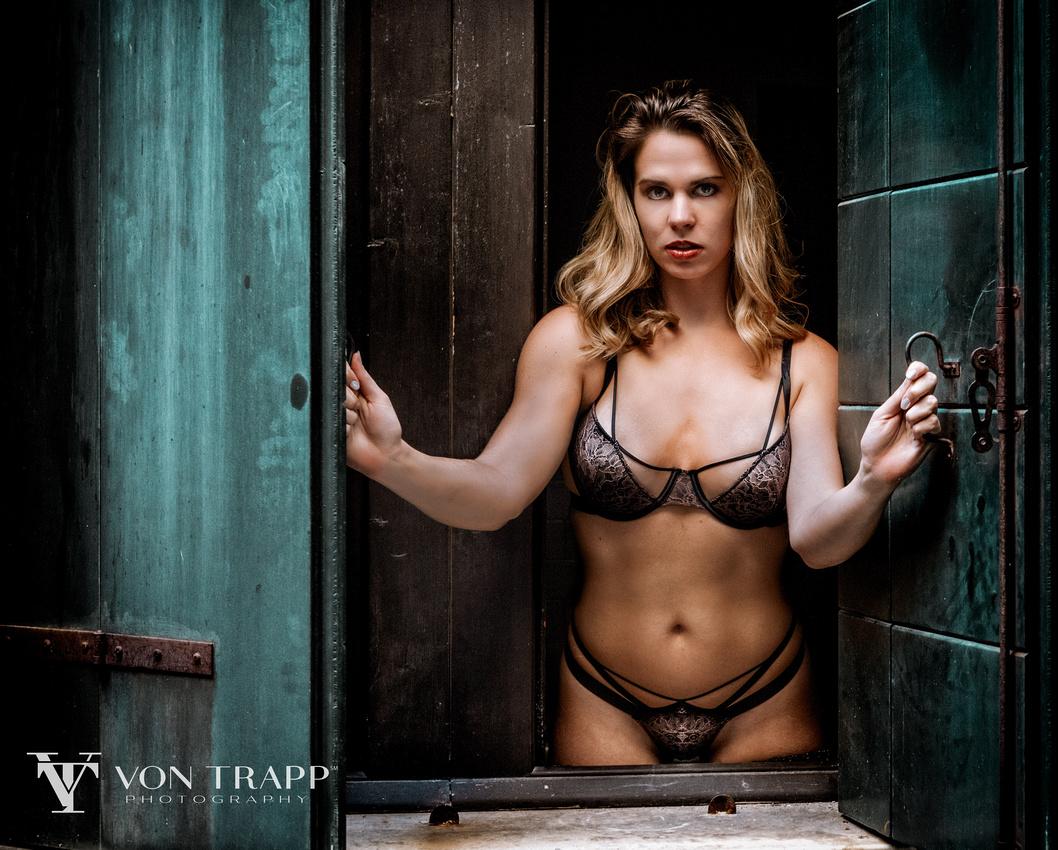 Sexy lingerie glamour photograph by Austin Boudoir Glamour Fashion Photographer Von Trapp Photography.
