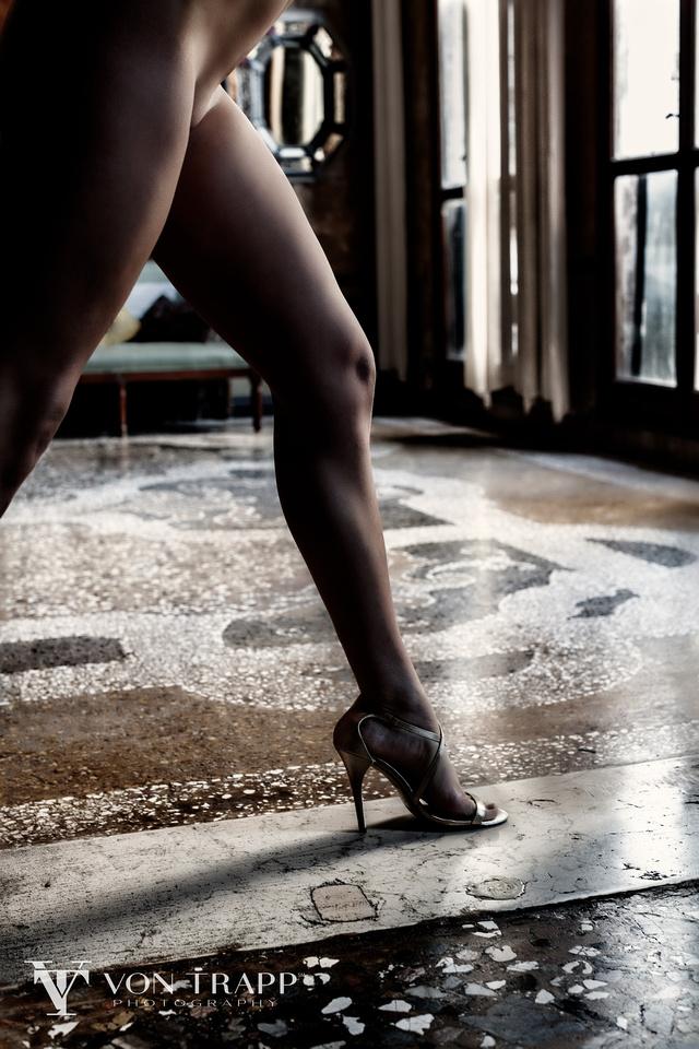 Fashion-Glamour Nude Photography. Fashion Nude. Sexy Glamour.Austin-Houston Boudoir Glamour Fashion Photographer.