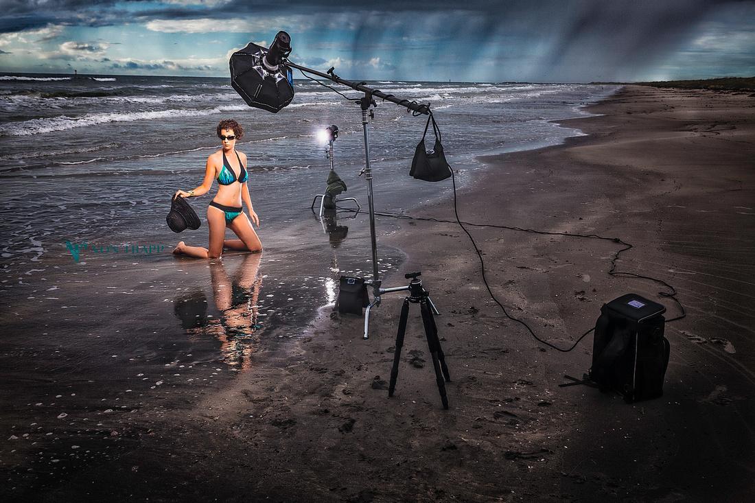 Beach Glamour Photo. Location glamour shoot. Sexy swimwear photo. Boudoir-Glamour Photographer.