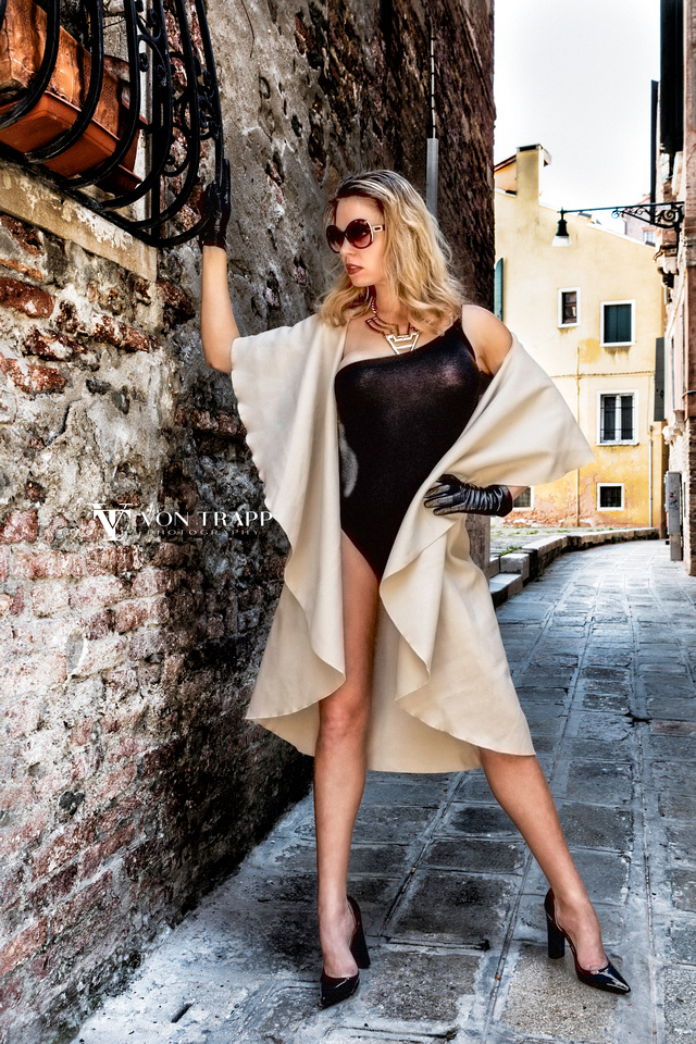 Fashion shoot in Venice Italy. San Antonio fashion photographer travels to Venice Italy for a glamour shoot.